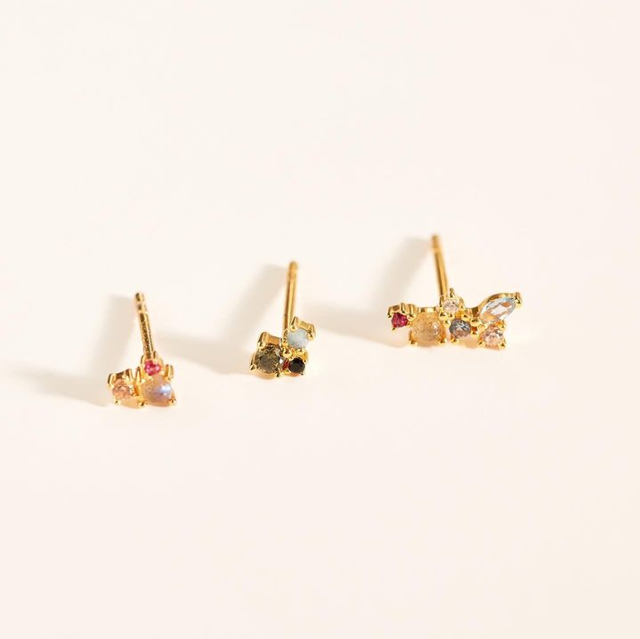 Countless ways to stack it. Countless ways to adore it. This ear set has a mission.